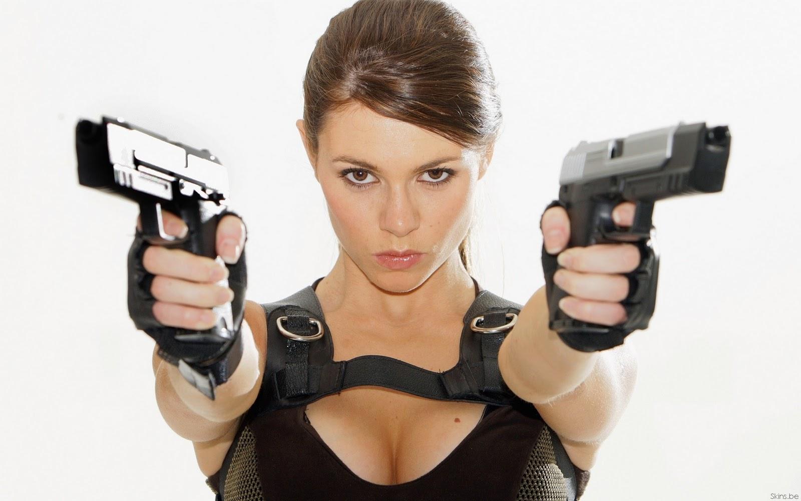 chica con armas