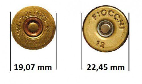 Diámetros del culote de los cartuchos del 20 y 12 respectivamente. En el centro del culote podemos apreciar el pistón o elemento iniciador