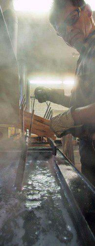 Proceso de pavonado en caliente.
