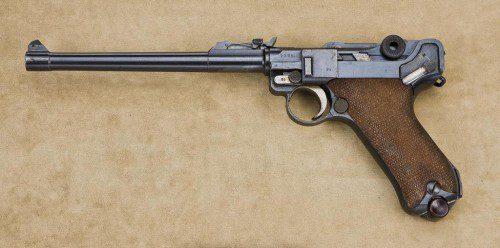 Luger de artillería. Entre 1911 y 1918 se fabricaron 190.000 unidades de este Modelo.