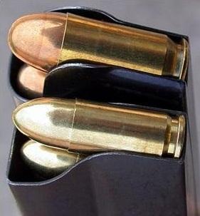 cargadores para calibre .45 ACP y 9 mm