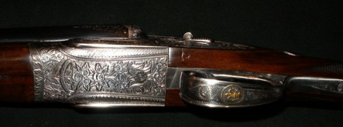 Grabados de las báscula de la escopeta Arrieta 600 Imperial