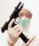 errores médicos vs armas de fuego