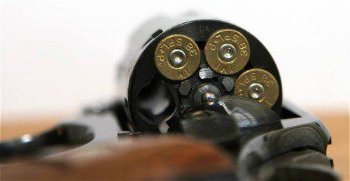 revolver cargado
