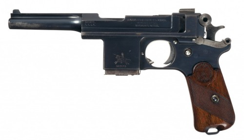 Pistola Modelo 1908 Bergmann-Bayand fabricada por AEP