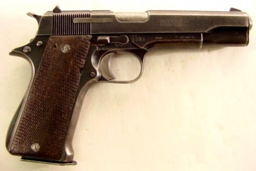 Super Star, pistola de dotación entre1946-1978