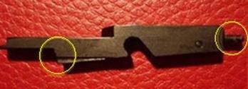 Fiador con mal ángulo del reten del percutor y pulsador no adecuado pistola Luger