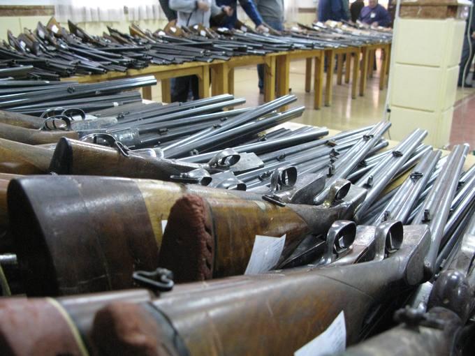 subastas de armas octubre