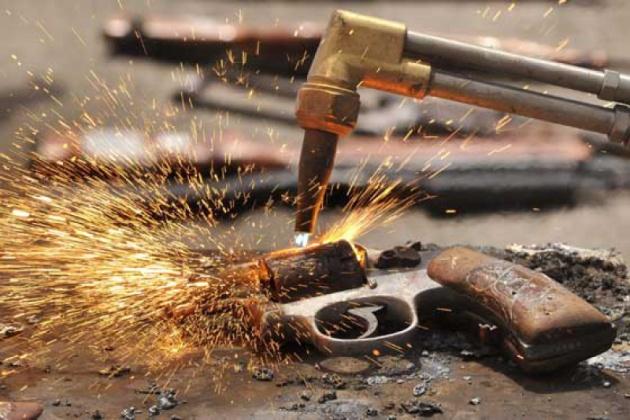 Nuevo atropello y nuevas normas para la inutilización de armas de fuego
