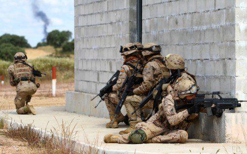 entrenamiento combate en población ejército español
