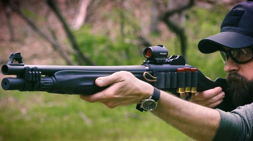 Escopeta semiautomática Beretta 1301 Tactical