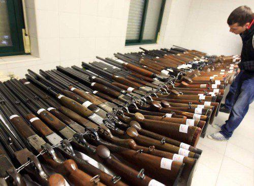 """""""Mil armas"""" a subasta en octubre"""