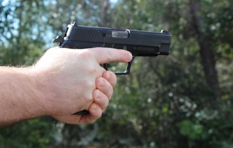 disparo con pistola