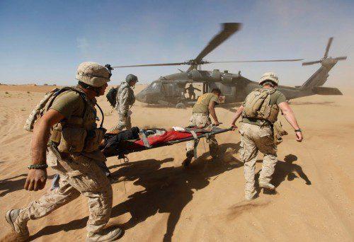 evacuación herido bala en combate