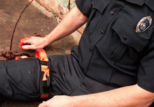 policia torniquete CAT