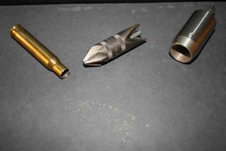 desbarbar y chamfranear vainas recarga munición