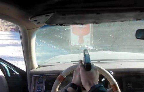 Coches contra tiros y tiros contra coches