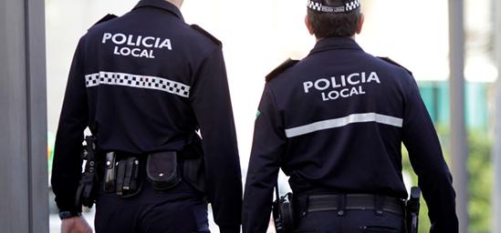 patrulla policías locales