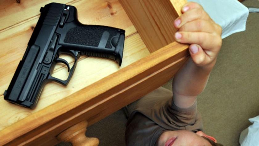 peligro armas de fuego niños