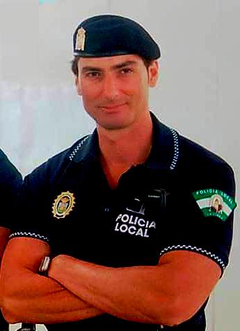 victor sanchez policia local de la linea