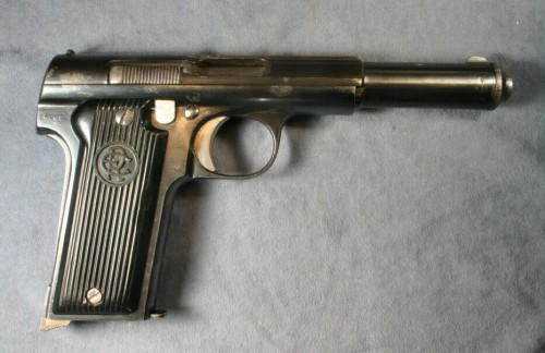 Pistola astra república española